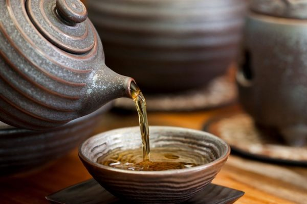 ChineseTeaPour-1100x550-1